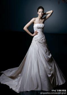 https://flic.kr/p/BfWhJP   Trouwjurken   Wedding Dress, Wedding Dress Lace, Wedding Dress Strapless   www.popo-shoes.nl