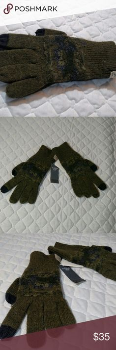 Abercrombie military green gloves NWT military green gloves with design.  No issues, great neutral color with any winter fashion. Abercrombie & Fitch Accessories Gloves