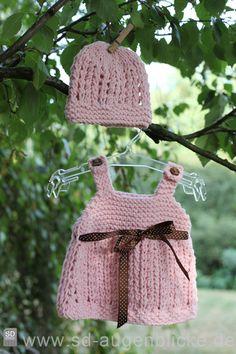 Vintage Babykleid & Mütze •❤•✿•❤•❀•❤• von Lunastern auf DaWanda.com