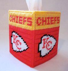 Plastic Canvas Tissue Boxes, Plastic Canvas Crafts, Plastic Canvas Patterns, Plastic Craft, Yarn Storage, Kleenex Box, Box Patterns, Bobble Stitch, Tissue Box Covers