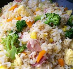 fried rice thermomix quirky cooking This was very nice Note to self: egg stuck to baking paper. Don't cook egg as long next time. Wrap Recipes, Rice Recipes, Dinner Recipes, Cooking Recipes, Healthy Recipes, Radish Recipes, Cooking Bacon, Thermomix Fried Rice, Bellini Recipe