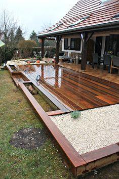 Modern Backyard, Backyard Patio, Backyard Landscaping, Terrasse Design, Patio Design, Low Deck Designs, Terrazas Chill Out, Front Yard Patio, Patio Planters