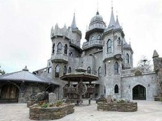 gothic castle - Buscar con Google