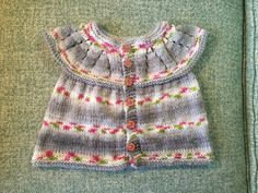Ravelry: all-in-one baby top pattern by marianna mel Baby Knitting Patterns, Free Knitting, Doll Patterns, Baby Cardigan, First Baby, Baby Sweaters, Top Pattern, Baby Wearing, Ravelry