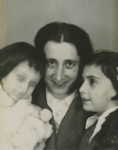 Mother, Edith, Anne & Margot.