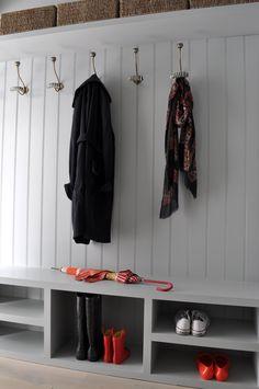 Hall by Studio Duggan Ltd
