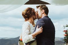 Boho Blue Mountains wedding / Photography by Towards the Moon