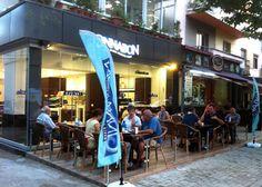 CΙΝΝΑΒΟΝ: Δυναμικό άνοιγμα στην Αλβανία με την υποστήριξη της THE FRANCHISE CO.  Η διεθνούς φήμης αλυσίδα CΙΝΝΑΒΟΝ, γνωστή για τα ρολάκια με το σαγηνευτικό άρωμα κανέλας απέκτησε το πρώτο της κατάστημα στην Αλβανία! Μια επιτυχία που συνυπογράφει η THE FRANCHISE CO. η μεγαλύτερη και πλέον εξειδικευμένη εταιρεία συμβούλων σε θέματα franchising και ανάπτυξης δικτύων.