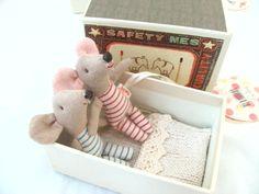 M1795 Matchbox Mice Newborn Twins by Maileg