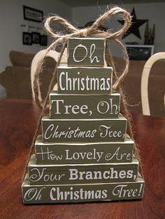 Wood blocks Christmas tree