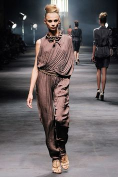 Lanvin Spring 2010 Ready-to-Wear Collection - Vogue