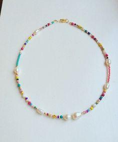 Seed Bead Necklace, Seed Bead Jewelry, Bead Jewellery, Diy Necklace, Cute Jewelry, Necklace Designs, Diy Jewelry, Beaded Jewelry, Handmade Jewelry