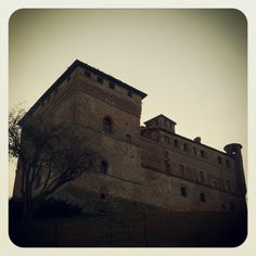 http://www.castellogrinzane.com/it/contatti