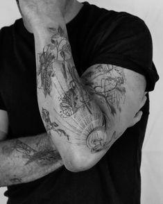 Sketch Tattoo Design, Tattoo Sleeve Designs, Sleeve Tattoos, Unique Tattoos For Men, Modern Tattoos, Airbrush Tattoo, 1 Tattoo, Cool Forearm Tattoos, Body Art Tattoos
