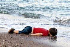 Dead body of refugee Syrian boy Aylan Kurdi washed up on a Turkish beach has shocked the world & our Reform Cons government's fortress-style border policies at home & its wars abroad are a lethal contribution to a global refugee crisis. Harper boasts how refugee claimants have dropped in half in the last several years. It's no surprise, given their tactics. Like border agents installed in airports around the world, preventing refugees from boarding flights. Or label countries 'safe' when…