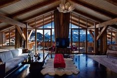 Book premium luxury ski chalets in France, Austria and Switzerland with Ski Boutique and let us take the stress out of booking your luxury 2019 ski holiday. Discover your exclusive luxury ski chalets today! Chalet Design, Ski Holidays, Luxury Holidays, Chalet Interior, Interior Design, Best Ski Resorts, Swiss Chalet, Living In Europe, Luxury Accommodation