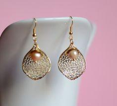 Ohrringe Blatt Perle Gold von www.tragmal.de
