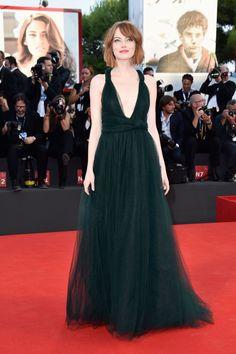 | VENICE FILM FESTIVAL | Emma Stone on the red carpet at the BIRDMAN premiere