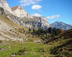 Alp- und Kulturweg Schrina - Wanderland Wanderland, Mountain Hiking, Hiking Trails, Alps, Switzerland, Mount Everest, Mountains, Landscape, Nature