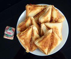 Sendviče s tvarůžky Ethnic Recipes, Food, Essen, Meals, Yemek, Eten