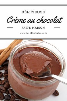 These French style chocolate cream are just delicious. Creamy and yummy! Choose a dark chocolate, not too sweet to have a better result. Chocolate Cream, Chocolate Pudding, Chocolate Recipes, Chocolate Food, French Desserts, Lemon Desserts, French Recipes, Healthy Desserts, Mousse Dessert