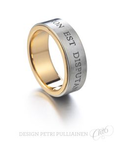 Laser engraved stainless steel ring with 750 yellow gold. Institute Of Design, Stainless Steel Rings, Laser Engraving, Different Colors, Rings For Men, Objects, Fashion Jewelry, White Gold, Wedding Rings