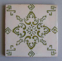 Antique Flower pattern Portuguese decorative tile #595 Viuva Lamego
