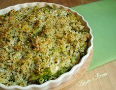 Questo riso al gratin con broccolo è un primo piatto buonissimo e che si prepara senza alcuna difficoltà. Un modo un po' diverso di servire il riso.