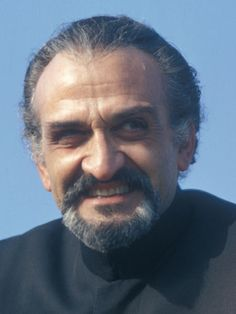 I read on the internet that March 1 was Roger Degado's birthday.  Roger Delgado played The Master during the era of the Third Doctor played by Jon Pertwee.  His birth name was Roger Caesar Marius Bernard de Delgado Torres Castillo Roberto.  Born on Friday 01 March 1918 - Died: Monday 18 June 1973,  Age: 55.  R.I.P.
