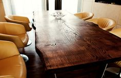 Esstisch massiv rutikal Eiche unverleimt aus einem Stück Baumtisch   Holzwerk-Hamburg