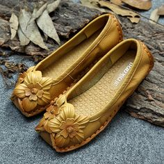 Socofy Flower Decoration National Wind Soft Sole Retro Women Loafers