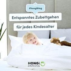 Stell dir vor, dein Kind geht abends freiwillig Zähne putzen, zieht sich seinen Pyjama an und nach einer Gute-Nacht-Geschichte und einem Kuss schläft es friedlich ein. 🤩 Unvorstellbar? 🤔  Ja, denn in vielen Familien gleicht das alltägliche Zubettgehen einem Schlachtfeld. Aber es geht auch anders! 🙏🏼 Mit unseren ultimativen Tipps wirst du dein Kind bedürfnisorientiert und entspannt in den Schlaf begleiten können.  #muttertag2021 #hongiblog #bindungsorientiert… Toddler Bed, Blog, Pajamas, Good Night Story, Volunteers, Sloth Animal, Brush Teeth, Battle, Kiss