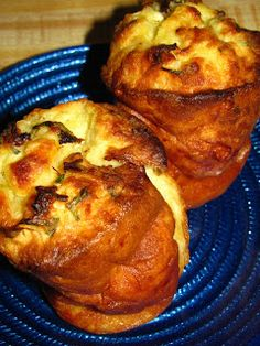 One day while browsing my favorite kitchen store back home I came across a Popover Pan. I was intrigued, it looked like a deep large muffin tin and I loved me some muffins! Popover Recipe, Popover Pan, Best Appetizers, Appetizer Recipes, Gouda, Brunch Recipes, Bread Recipes, Bread Baking, Food For Thought