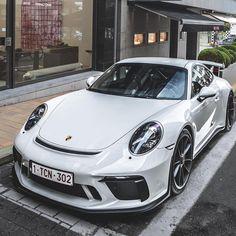 """72 """"Μου αρέσει!"""", 4 σχόλια - Cars & Lifestyle by Porsche (@porsche247) στο Instagram: """"How to spec your GT3 __________________________________ ⏰   Comment what you want to see next time!…"""""""