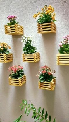 Details about wooden fence shelves white natural traditional estaqu … - Dekoration Ideen 2019 Diy Crafts Hacks, Diy Home Crafts, Easy Home Decor, Garden Crafts, Diy Projects, House Plants Decor, Plant Decor, Diy Para A Casa, Diy Popsicle Stick Crafts