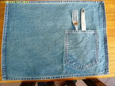very cute blue jean placemat Jean Crafts, Denim Crafts, Tie The Knot Wedding, Denim Ideas, Recycled Denim, Wedding Planning Tips, Tie The Knots, Crafts To Make, Blue Jeans