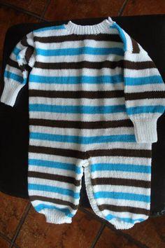 Baby dress Knitting For Kids, Baby Dress, Sweaters, Dresses, Fashion, Vestidos, Moda, Baby Boy Dress, Fashion Styles