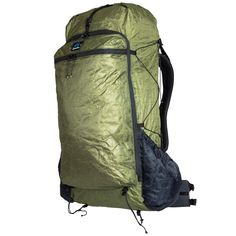 Zpacks Offers the Best Lightweight Backpacking Gear: The Ultralight Arc Zip Backpack's panel loading feature is the perfect choice for adventures who find themselves in hotels and hostels just as much they do on long distance hiking trails. Ultralight Backpacking, Backpacking Tips, External Frame Backpack, Thru Hiking, Hiking Trails, Short Torso, Belt Pouch, Best Gifts For Men, Backpacks