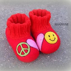 Peace Love Happiness Infant Shoes Merino Wool Felt Soft Sole Bow Baby MoccasinsToms Vegan Baby Shoes Flat Slippers Organic Baby Shower Gift