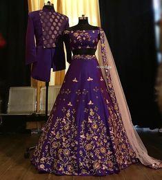 Indian Bridal Outfits, Indian Bridal Fashion, Pakistani Bridal Wear, Punjabi Wedding, Designer Bridal Lehenga, Lehenga Designs, Indian Lehenga, Silk Lehenga, Lehenga Style