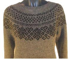 Søster Freja Double Knitting Patterns, Knit Patterns, Norwegian Knitting, Icelandic Sweaters, Fair Isle Knitting, Sweater Design, Sweater Jacket, Knitting Projects, Knitwear