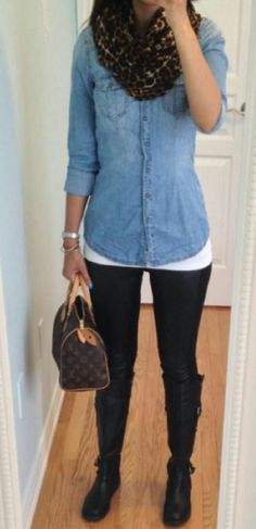 Really easy casual look: Scarf: Express, Chambray Shirt: Garage, Leather Panel Leggings: H&M, Boots: Old Navy, Bag: LV Speedy 25 Looks Camisa Jeans, Looks Jeans, Mode Outfits, Casual Outfits, Fashion Outfits, Fall Winter Outfits, Autumn Winter Fashion, Leather Panel Leggings, Black Leggings