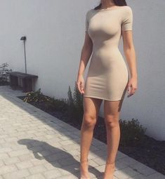 Find images and videos about fashion, dress and outfit on We Heart It - the app to get lost in what you love. Tight Dresses, Sexy Dresses, Cute Dresses, Cute Outfits, Fashion Outfits, Womens Fashion, Ootd Fashion, Fashion Photo, Fashion Clothes