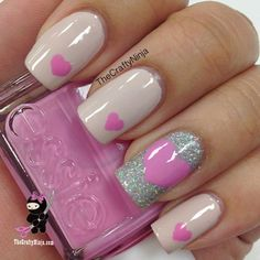 2015 simple valentines day heart nail art for girls 2014 valentines day glitter heart nails Fancy Nails, Love Nails, Diy Nails, How To Do Nails, Pretty Nails, Sparkle Nails, Glitter Nails, Stiletto Nails, Heart Nail Designs