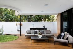 Residence in Cottesloe by Perth Style Co.