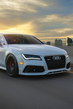 Just Everything Daily News Classy Issues Necessary Accessoires Clothing News Sneaker Releases Hypest Cars Food Coma House Inspos and a lot more pins to come! Audi Sport, Sport Cars, My Dream Car, Dream Cars, Bmw Autos, Lux Cars, Best Luxury Cars, Expensive Cars, Future Car