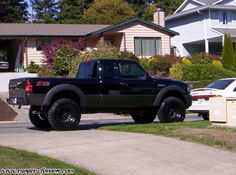 Lifted Ford Ranger, I want this looks cool Ford Ranger Models, Ford Ranger Lifted, Ford Ranger Truck, Ford Ranger Raptor, Ford Pickup Trucks, Ranger 4x4, Lifted Trucks, Ford Ranger Modified, Ford Sport