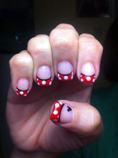 disney nail art black red and white acrylic nails french tip minnie mouse mickey mouse Get Nails, Love Nails, How To Do Nails, Pretty Nails, Hair And Nails, Minnie Mouse Nails, Mickey Mouse, Disney Nails, Disney Toes