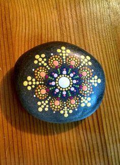 Hand painted mandala stone #paintedrock #stoneart #mandalaart #mandalapaintedrock