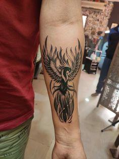 Phönix Tattoo, Forarm Tattoos, Celtic Tattoos, Body Art Tattoos, Tatoos, Phoenix Tattoo Feminine, Phoenix Back Tattoo, Phoenix Tattoo Design, Arm Tattoos For Guys